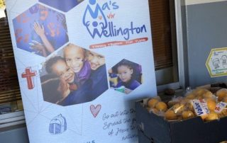 Fresh fruit grower and supplier donating satsumas to Moms of Wellington charity